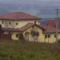 Szép új házak épülnek Litéren