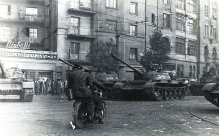 Móricz Zsigmond körtér 1956