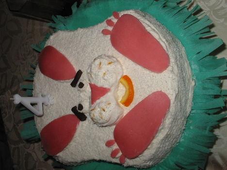 Nyuszi tappancs torta