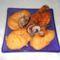 Fokhagymás csirkecomb pikáns mártásban