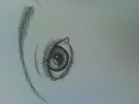 citrom alakú szem XD jó szar ez is xD ._.