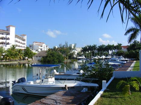 Cancun 12