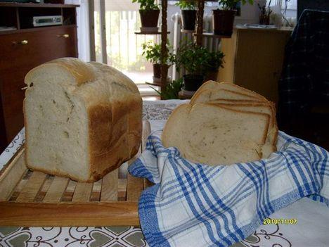 Csodálatos tönköly kenyér