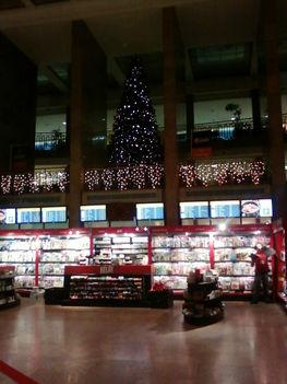Az egyes terminál karácsonyi köntösben 2