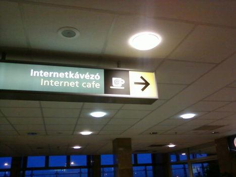 Az egyes terminál karácsonyi köntösben 8