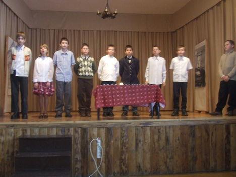 Iskolai karácsony - 2010 9