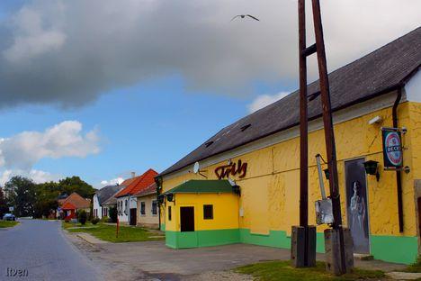 Klub Sirály - Gönyű-Hungary - Gull DISCO Club
