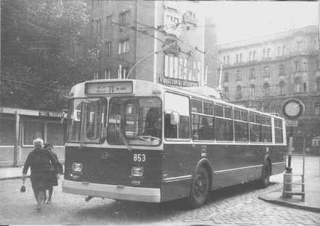 T853 (web)
