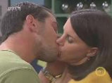 Erik csók közben
