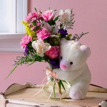 maci virággal