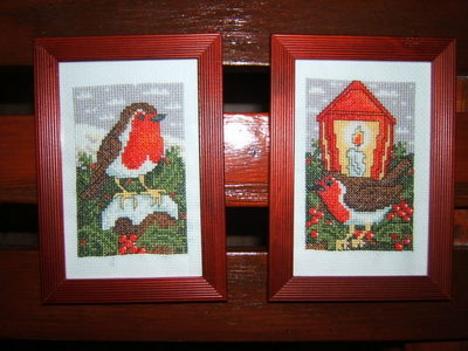 Két kis karácsonyi vörösbegy