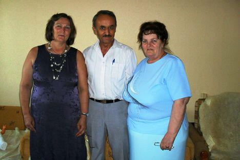 Marika,Zsuzsa és Gyuszi...