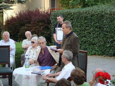 Dr.T.Túri Gábor, a Pytheas Könyvkiadónál tartott elöadás és bemutató 2
