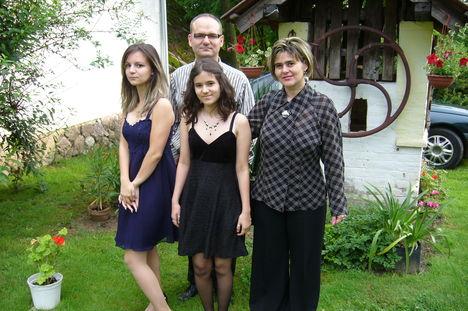 Fiam és családja