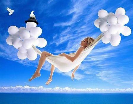 ..súlytalan relaxáció a lebegés élményével..