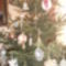 Karácsonyi díszek, És már a fán!