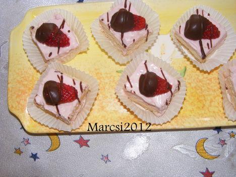 Csokis eper szeletek