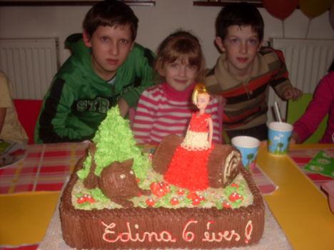 Edina 6 éves ...