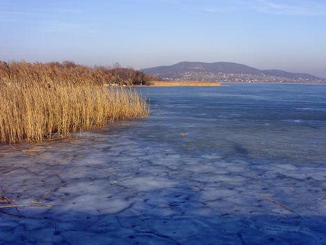 Téli kép szemben Badacsonyörs