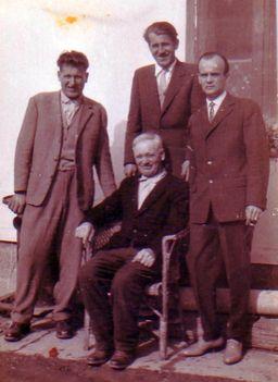 Nagyapám és nagybátyáim