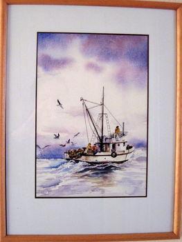 Halászhajó a tengeren