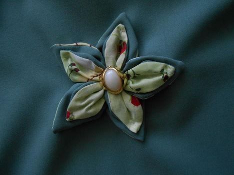 DSCN0453 bevásárló szatyort díszítő pecswörk virág