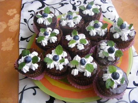 Csokis muffin áfonyával3