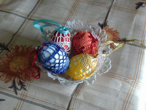 csilla tojáskái