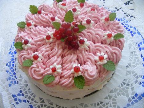 Sütés -nélküli ribizli torta