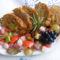 Szőlős vagdalt édes savanyú zöldségkörettel