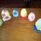 virágos tojások