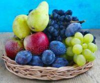 depositphotos_124326736-stock-photo-autumn-fruits-assortment-with-grapes