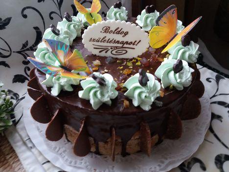 Születésnapi  pillangós torta