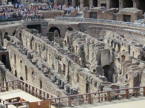 2016.07.15. Colosseo belülről (77)