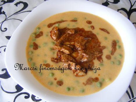 Zőldborsó főzelék csirkemájjal
