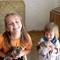 Flóra és Kozima a macskákkal