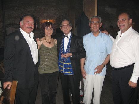 2011 május 26- A CSAPAT-ők kísérnek