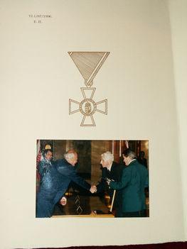 állami kitüntetés átvétele