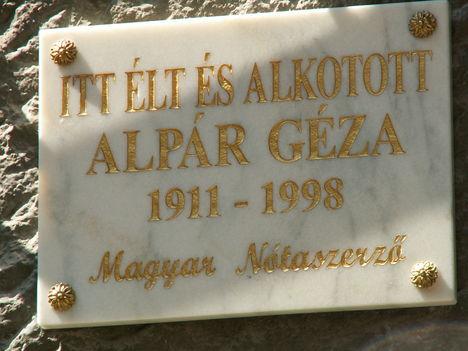 emléktábla  Budapest, IX. Angyal u. 12.