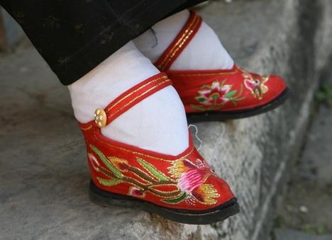 Hagyományos kínai elkötött láb 1