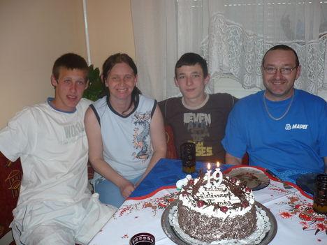 Igazi család