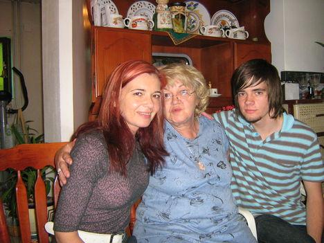 Kedvenc anyukámmal és Bazsimmal