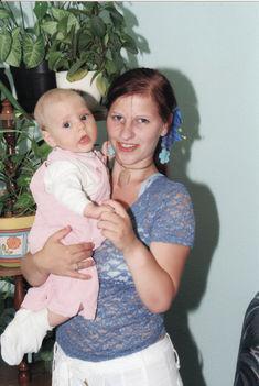 002 - Anyai ölelés