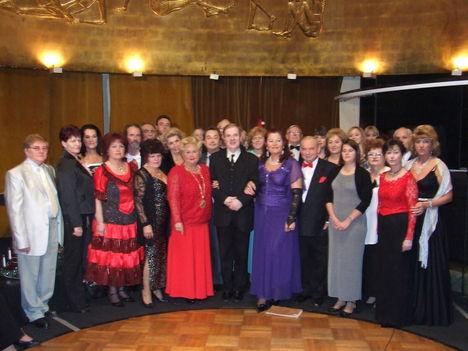 Videóműsorhoz csoport kép