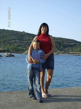 Domi és anyukája Görögbe