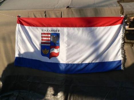 községünk zászlaja