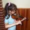 mindenem a zene! Főleg a hegedű.