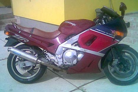 ZZR400--