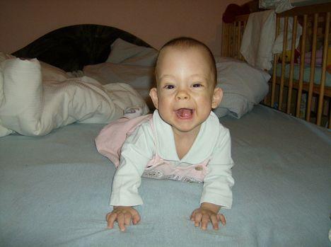 Bogika 8 hónapos