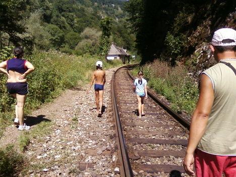 a vasút a rév és sunkujus között